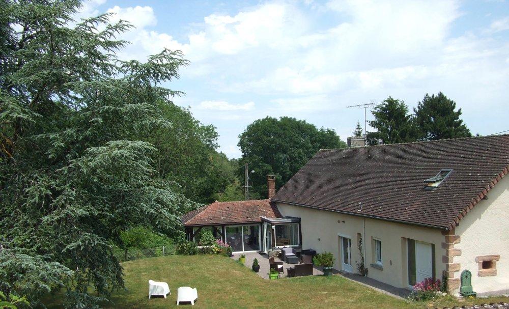 Aire camping-car à Montlay-en-Auxois (21210) - Photo 6